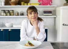 I pici con aglione, fave e briciole di pane della chef Silvia Baracchi