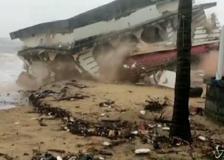 Ciclone sull'India, morti e case spazzate via