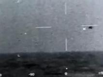 Ufo, il Pentagono: il video dell'oggetto volante che si immerge è «autentico»