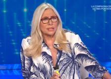La gaffe di Mara Venier: per tutta la puntata chiama il sottosegretario Sileri