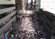 Gaza, migliaia in marcia a Chicago per supportare i palestinesi