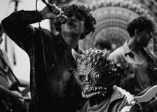 Leo Gassmann, il video di «Down»: «Un brano per scacciare i propri mostri»