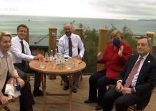 G7, le immagini dell'incontro tra Draghi, Von der Leyen, Michel, Macron, Merkel