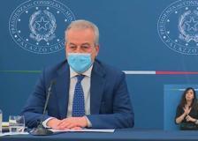AstraZeneca, Locatelli: «Dopo la seconda dose gli eventi avversi sono estremamente rari»