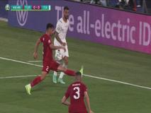 Italia-Turchia, l'arbitro Makkelie non va al Var per possibile rigore