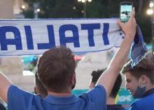 Europei 2021, il fischio d'inizio in piazza a Roma tra i tifosi