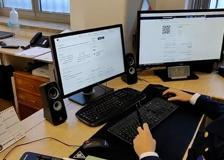 Attacco hacker a Luxottica, continuano le indagini: perquisizioni in tutta Italia