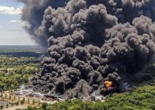 Usa, fiamme in una centrale chimica in Illinois