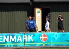 Euro2020, il principe Federico di Danimarca fa visita alla nazionale nel ritiro di Helsingor