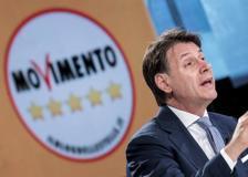 Conte a Napoli per l'apertura della campagna elettorale del M5S