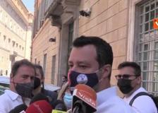 Vaccino con dosi diverse, Salvini: