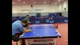 Ping pong, l'allenamento a colpi chirurgici
