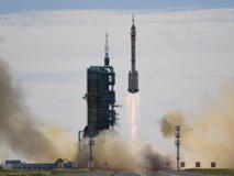Spazio, la Cina manda i primi astronauti sulla sua nuova Stazione spaziale: il video del decollo