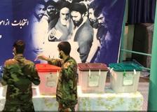L'Iran al voto, dentro un seggio a Teheran