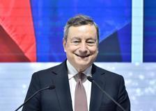 Cercle d'Economia, Draghi: «Grazie a tutti, sto arrossendo»