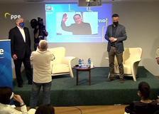 Berlusconi, l'appello a Salvini e Meloni: «Costruiamo un partito unico del centrodestra entro il 2023»