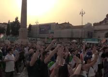 Europei, la Nazionale vince anche contro il Galles: la festa in piazza del Popolo