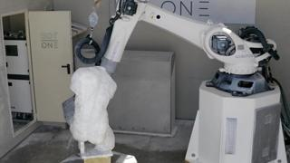 In Michelangelo's marble quarries, the sculptor is now a robot