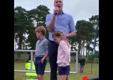 Il principe William e i figli danno il via alla mezza maratona