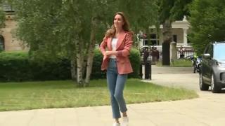 Kate Middleton, una giornata insieme ai bimbi al Museo di storia naturale