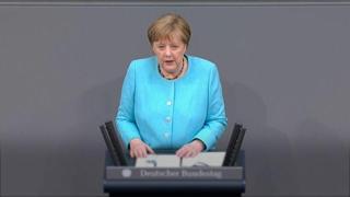 Russia, Merkel: «I conflitti si risolvono meglio quando si parla»