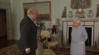 Regno Unito: riprendono gli incontri in presenza tra la Regina Elisabetta e il premier Johnson