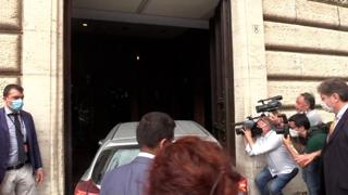 M5s, Grillo arriva a Montecitorio per incontrare i gruppi parlamentari