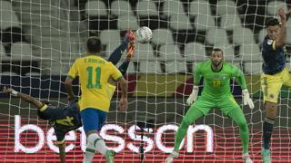 Luis Diaz, spettacolare rovesciata contro il Brasile