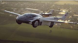L'auto volante diventa realtà: il video del primo viaggio
