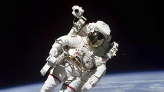 Parte il turismo spaziale