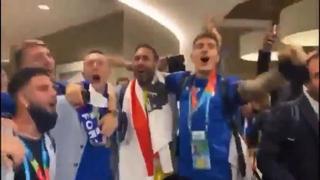Gli azzurri cantano in napoletano il brano «Ma quale dieta»