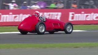 Silverstone, Leclerc sulla Ferrari 375 che nel 1951 vinse la prima gara della Rossa