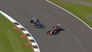 Gp Silverstone, l'incidente a inizio gara tra Hamilton e Verstappen: l'olandese si è poi ritirato