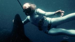 Il trailer: dieci mesi con la pioniera dell'ambientalismo negli Oceani