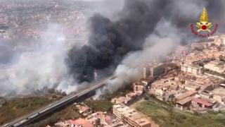 Incendi, brucia la Sicilia: roghi nel Palermitano e nel Catanese