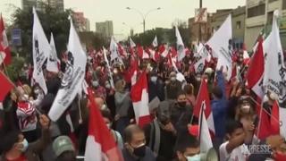 Perù, proteste contro il governo del neo presidente Castillo