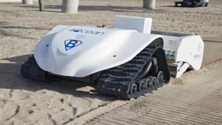 BeBot, il robot che ripulisce la spiaggia dai rifiuti