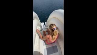 Chiara Ferragni e Fedez, scivolo da paura sullo yacht in Sardegna