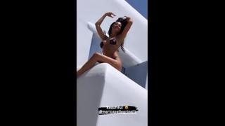 Marica Pellegrinelli, una dea in bikini in Grecia