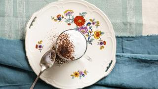 Come fare il cappuccino al cucchiaio