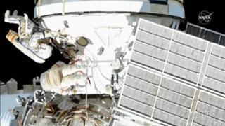 Spazio, gli astronauti iniziano ad allestire il laboratorio sulla Stazione Spaziale