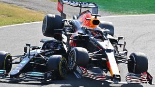 GP Italia, il video del clamoroso incidente tra Hamilton e Verstappen