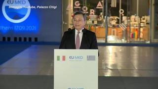 Clima, Draghi: «Determinati a proteggere i più deboli dai costi, come le bollette»
