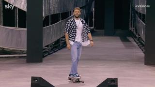 X Factor, Ludovico Tersigni arriva in skate davanti ai giudici