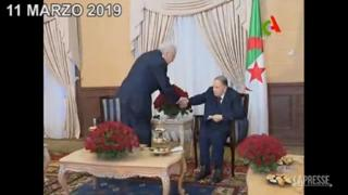 È morto l'ex presidente algerino Bouteflika