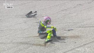 GP Misano, la caduta di Valentino Rossi nelle qualifiche