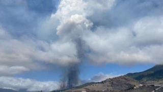 Alle Canarie erutta il vulcano