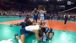 Pallavolo maschile, l'Italia è campione d'Europa: il punto decisivo e l'esultanza