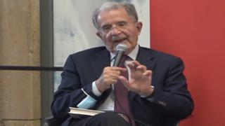 Pd, Prodi: «Bacchettata a Letta? Siamo d'accordo sui temi, Enrico è in grado»
