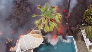 Canarie, la lava continua ad avanzare a La Palma: ecco come distrugge una piscina